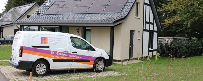 Elektroautos von Piepenbrock sind bei Landal Mont Royal im Einsatz.