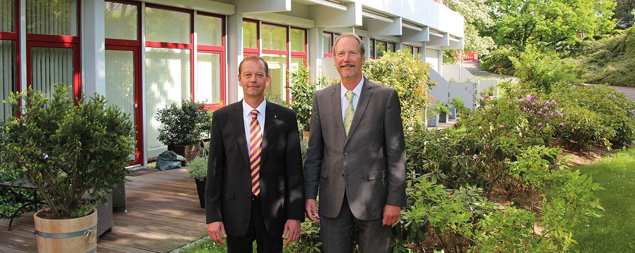 Enge Zusammenarbeit zwischen Oliver Kuhn (Piepenbrock) und Frank Peters (Direktor Augustinum Bad Soden)