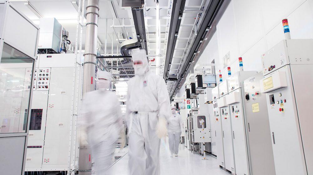 Arbeiten in der Hightech-Fabrik