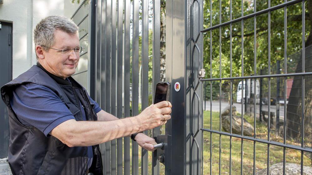 """Piepenbrock ist in der Sparte der privaten Wach- und Sicherheitsdienste """"Kundenchampion 2018"""""""