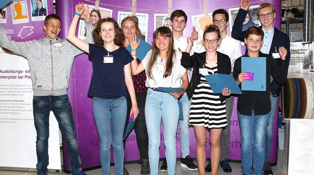 Die Teilnehmer des NFTE-Landesevent freuen sich über die gelungene Veranstaltung.