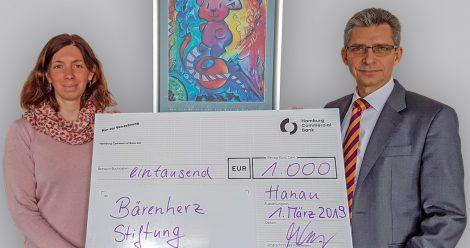 Planol spendet an Bärenherz Stiftung