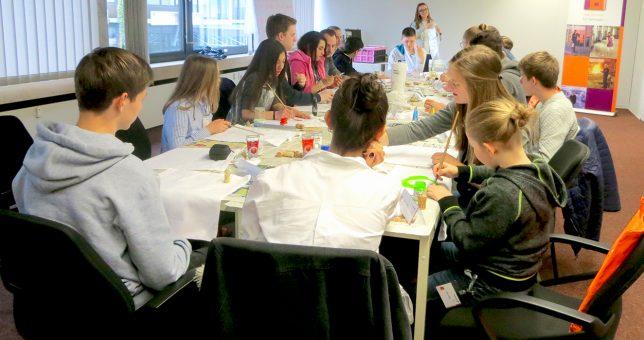 11 Schüler besuchten das Osnabrücker Service Center von Piepenbrock am Zukunftstag. (Bild: Piepenbrock)